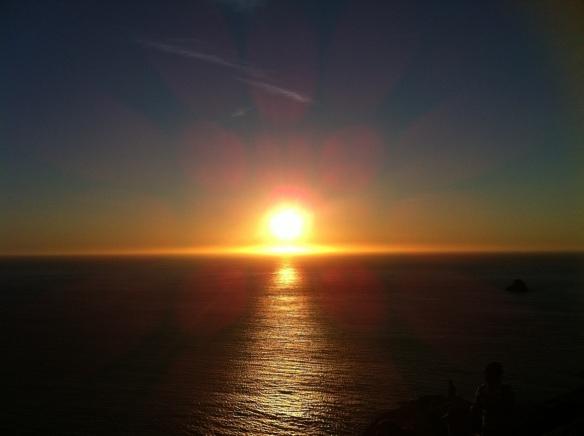 Puesta de sol en Fisterra. Costa da Morte.