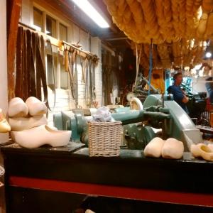 Fábrica de zuecos en Marken
